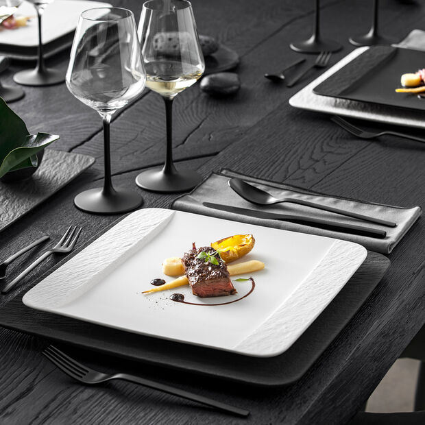 Manufacture Rock Blanc square dinner plate, white, 28 x 28 x 2 cm, , large