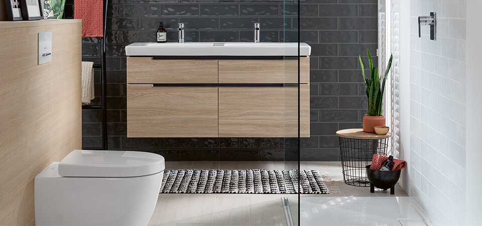 Small Bath With Shower Spacial Solutions Villeroy & Boch