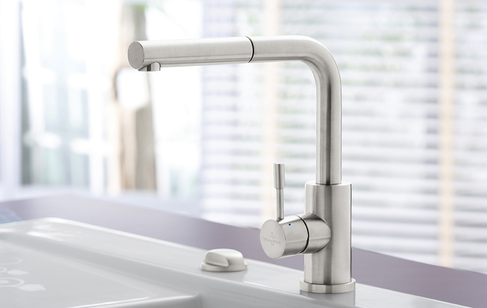 Kitchen taps and fittings
